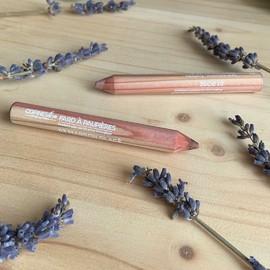 Sublimez votre regard avec les crayons fards à paupières#copineslineparisbio #makeup #bio #maquillagebio #organic #organicmakeup #greenbeauty #crueltyfree #paris #makeup #beauty #france #naturel #beautebio #nature #gogreen #cosmetiquebio #cosmetics #maquillagenaturel #cleanbeauty