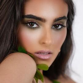 Osez le vert avec nos crayons bio 💄@shireeelll #copineslineparisbio #makeup #bio #maquillagebio #cosmebio #organic #organicmakeup #greenbeauty #madeinfrance #crueltyfree #paris #makeup #ecocert #beauty #france #naturel #beautebio #nature #gogreen #cosmetiquebio #cosmetics #maquillagenaturel #cleanbeauty
